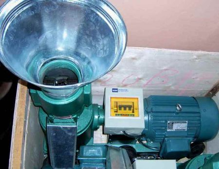 PELECIARKA (pelleciarka) pelet, pellet, pellets, biomasa, biopaliwo, biopaliwa,brykieciarka